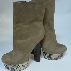 ZIGISOHO TAN SUEDE SNAKESKIN WEDGE BOOT SZ 8